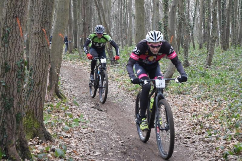 Championnat de l'Oise VTT 2016 - Page 6 12768110