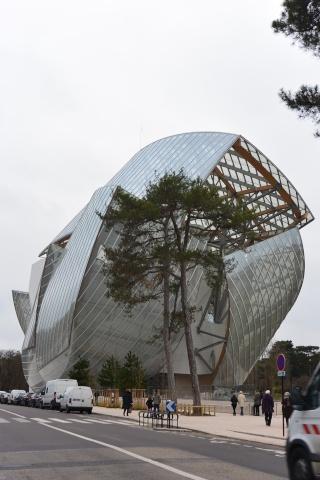 La Fondation Vuitton à Paris, présente 12 artistes chinois contemporains, du 27 janvier au 29 août 2016 Dsc_1510
