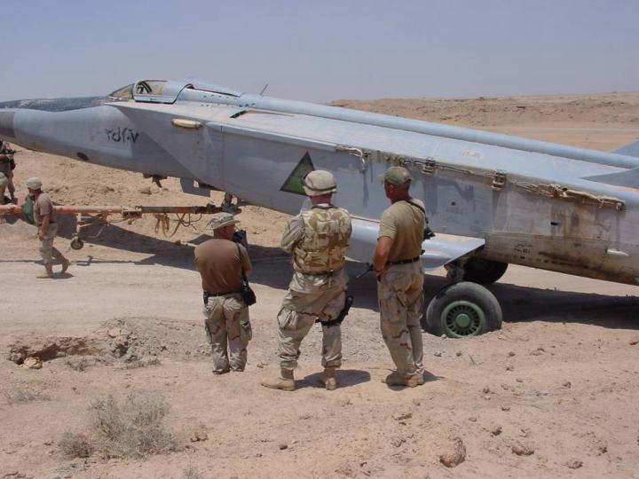 iraq - 1/48 Mig-25PDS Iraq Iraf_m13
