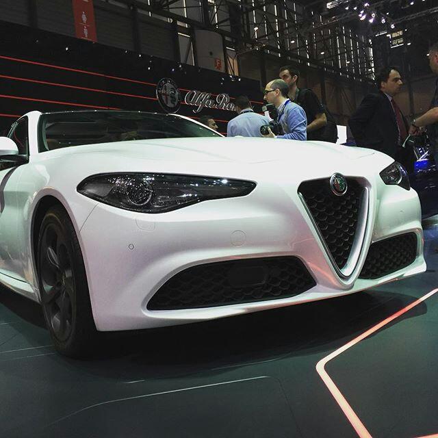 2015 - [Alfa Romeo] Giulia [Tipo 952] - Page 7 Bcahnm10