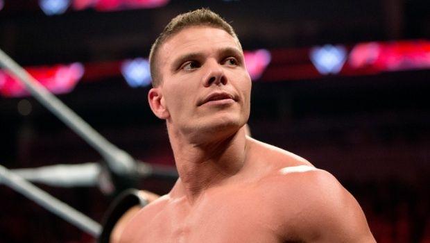 [Rumeurs] Un autre lutteur de la WWE forcé de prendre sa retraite ? Tyson-10