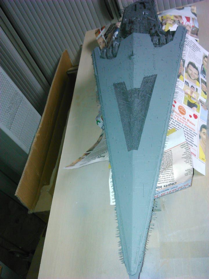 Le retour du Super Star Destroyer - Page 2 12744510