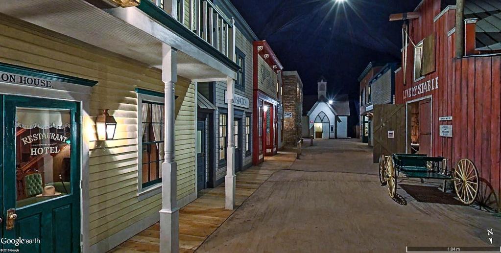 STREET VIEW : les musées en visite virtuelle - Page 9 Ville_10