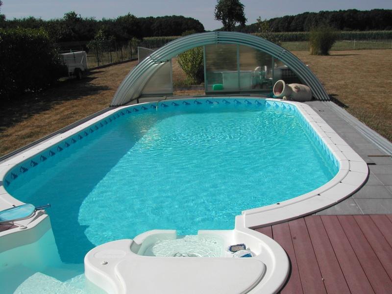 plage autour de la piscine Dscn5110