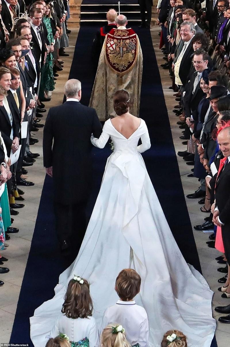 MARIAGE EUGENIE  AVEC JACK BROOKSBANK 12.10.2018 49858010
