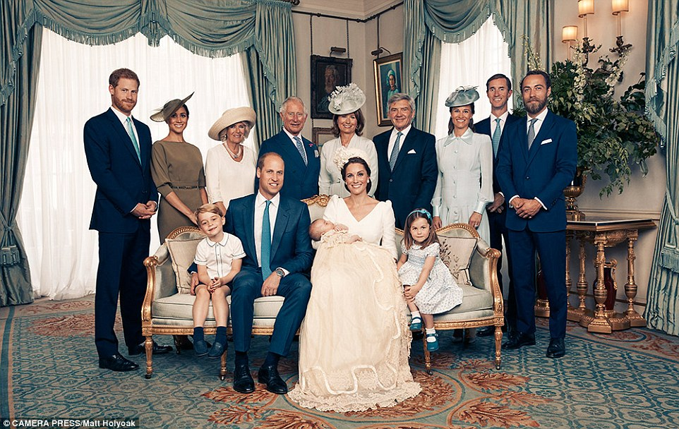 PRINCE WILLIAM  & CATHERINE  MIDDLETON - Page 2 4e460610