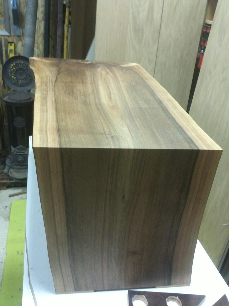 table basse en noyer Img43112