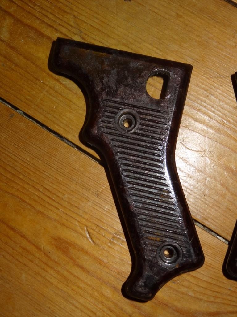 Plaquettes MG42 : bonnes WW2 ou pas? Dsc05123