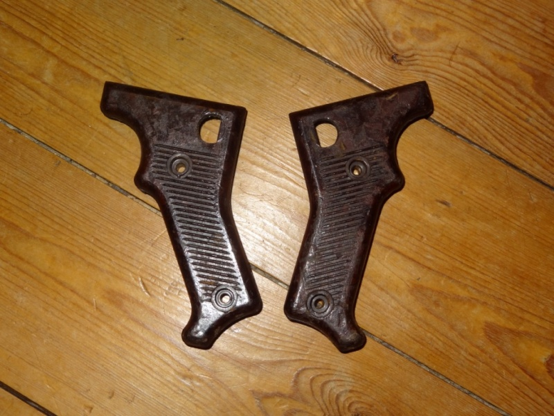 Plaquettes MG42 : bonnes WW2 ou pas? Dsc05124