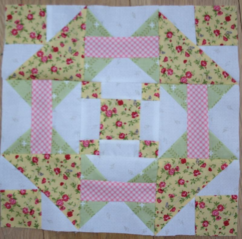 Garden Grove Quilt Blk1_a10