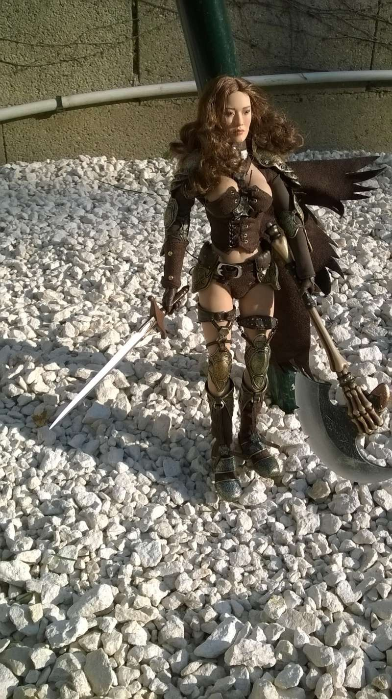 connaissez vous cette poupée .... phicen Wp_20120