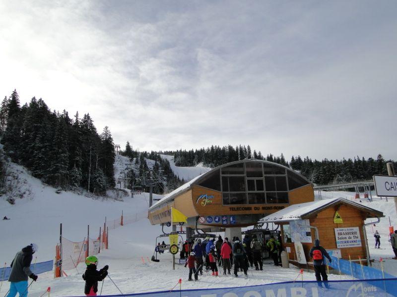 Un tour dans le massif du Jura Dsc04227