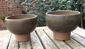 Pair of small bowls with pedestal foot Image83