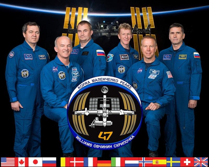 Vol spatial de Timothy Peake / Expedition 46 et 47 - PRINCIPIA / Soyouz TMA-19M - Page 2 Expedi10