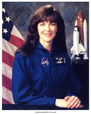 L'astronaute Janet Kavandi nommée Directrice du NASA Glenn Research Center Kavand10