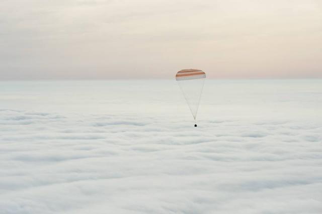 ISS ONE YEAR / Mission d'un an sur l'ISS - Déroulement de la mission Tma-1811