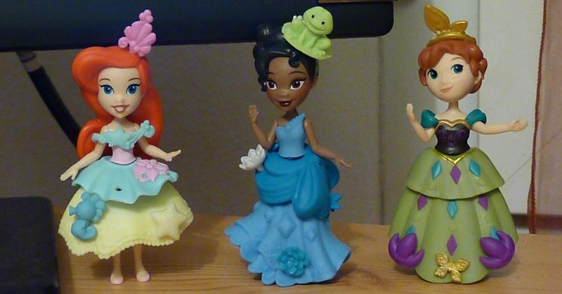 Figurines Little Kingdom (Hasbro) - Page 4 P1460610