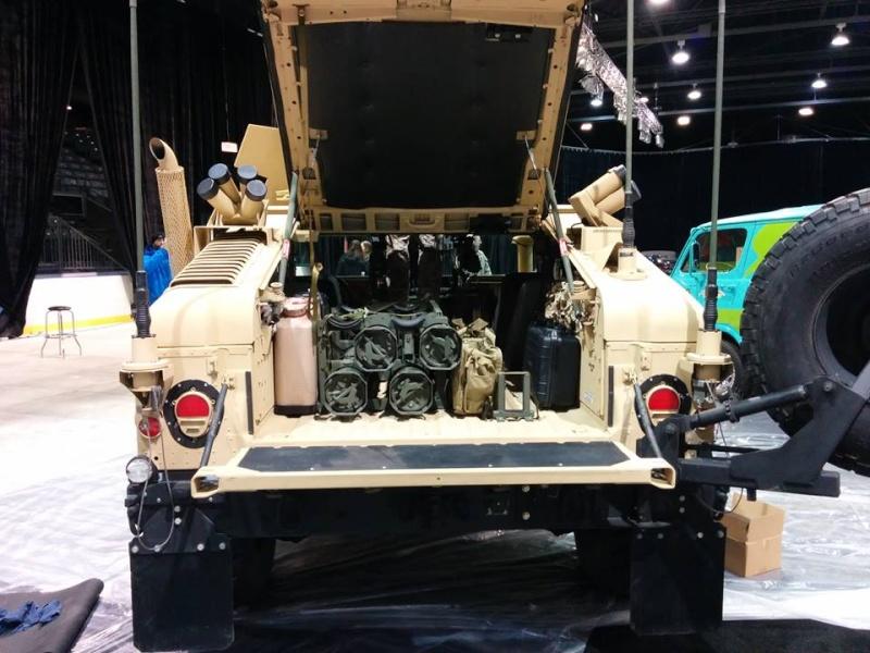 Humvee au Salon de l'Auto de Québec 1 mars - 6 mars 2016 Centre de Foires de Québec 250 boulevard Wilfrid-Hamel Québec 12718210