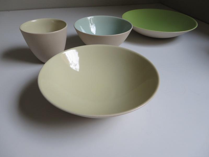 Nesting porcelain bowls glazed interior. Vincent de Rijk? Linda Bloomfield? Img_4320