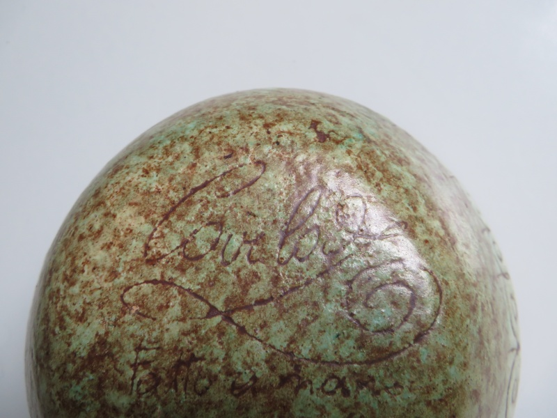 Italian small pottery bowl inscribed fatto a mano and clearly signed Img_4717