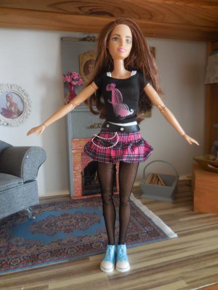 Barbie Fitness une future Marie-Antoinette ??? Dscn0227