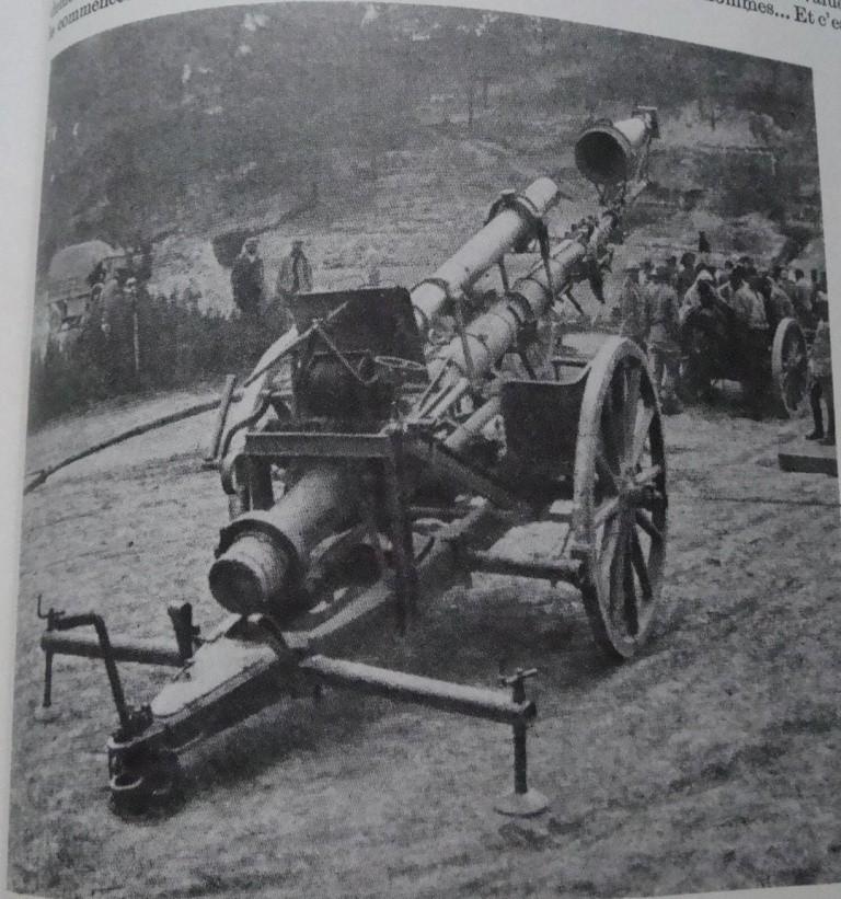 [ Histoires et histoire ] LE CENTENAIRE DE LA GRANDE GUERRE - Page 4 Dsc04415