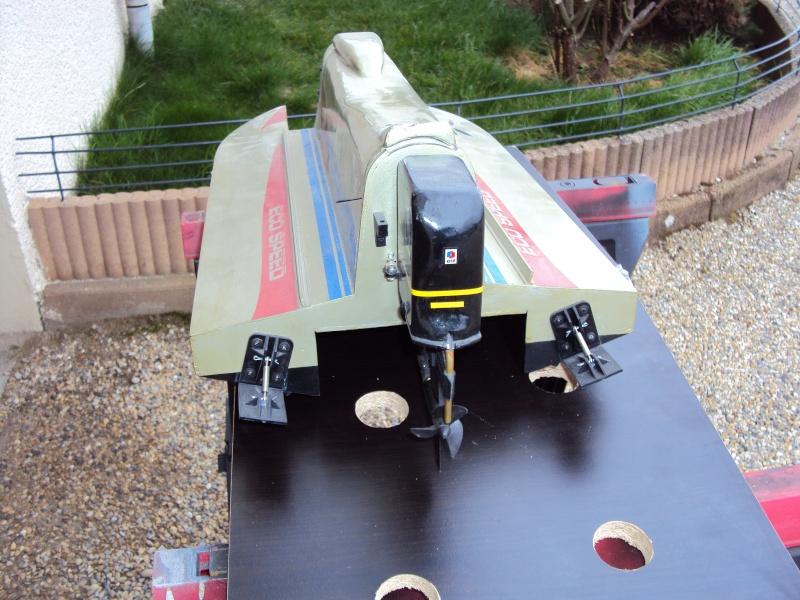 Hors Bord Catamaran Formula One F1 NZ-18 Eco Speed - Graupner  Dsc02610