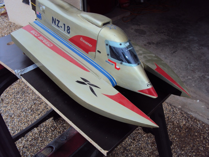 Hors Bord Catamaran Formula One F1 NZ-18 Eco Speed - Graupner  Dsc02612