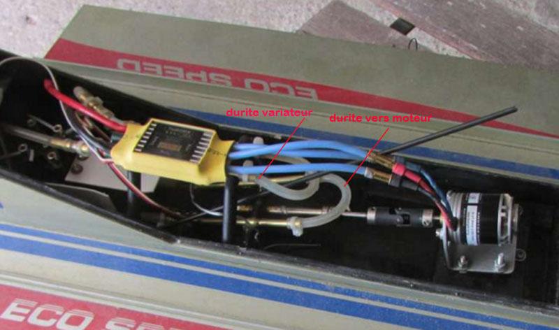 Hors Bord Catamaran Formula One F1 NZ-18 Eco Speed - Graupner  Refroi10