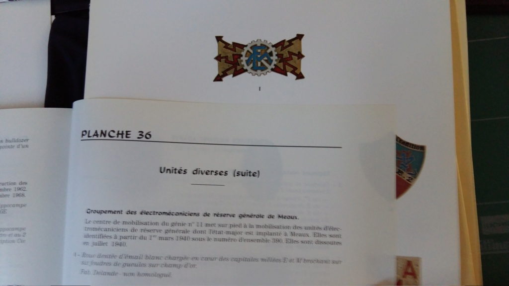 Écusson de spécialité transmission en Etat Major 1940.ESC - AVR 1 VENDU 20190410