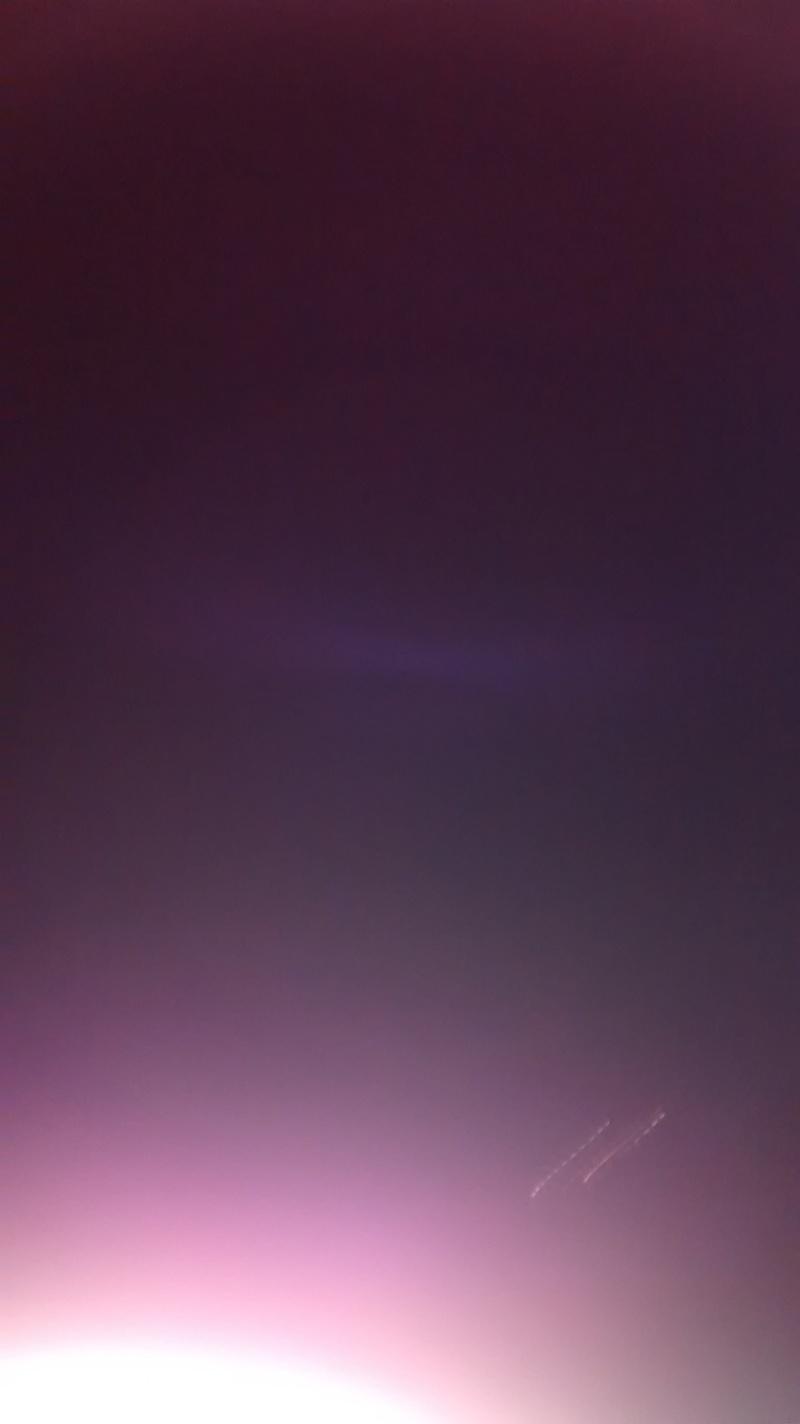 2016: le 10/02 à 20 h 12 - Boules lumineuses en file indienne -  Ovnis à SABLÉ-SUR-SARTHE (72300) - Sarthe (dép.72) Img_2010