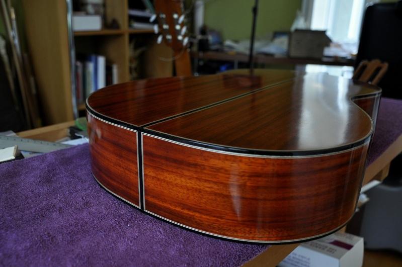 Construire sa guitare ... et plus si affinités avec le travail du bois - Page 4 2211