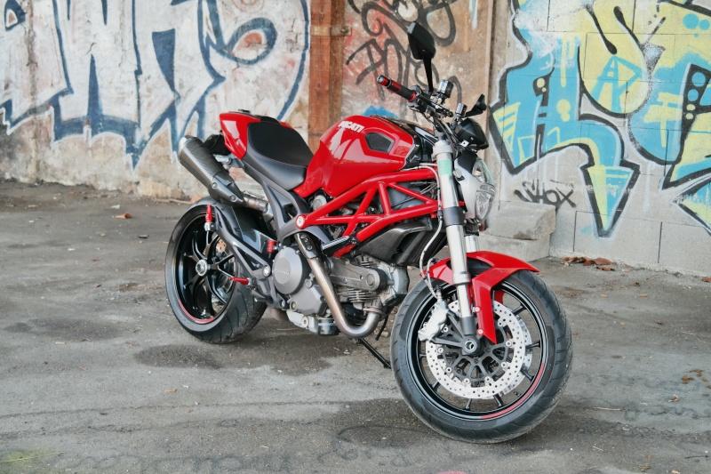 [VDS] Ducati Monster 796 ABS bien équipée Sam_1410