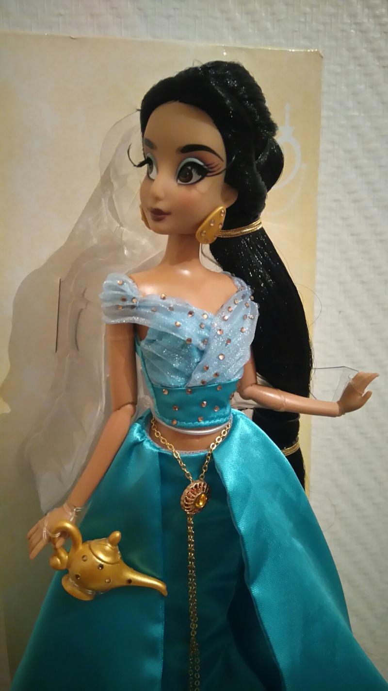 Nos poupées Designer en photo - poupée de la semaine - Page 21 Dsc_0023