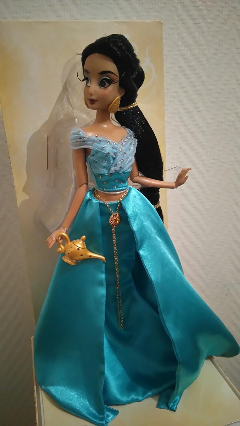 Nos poupées Designer en photo - poupée de la semaine - Page 21 Dsc_0025