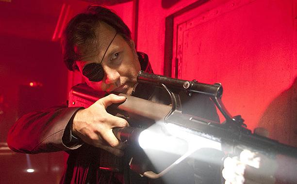 Les erreurs de gun dans les films / séries - Page 2 Walkin10