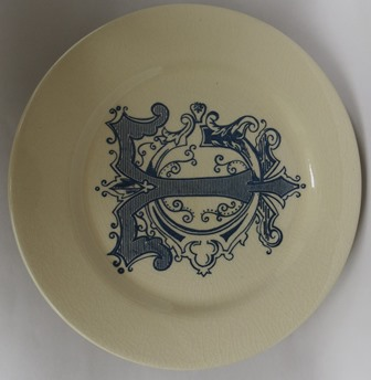 Trelise Cooper platter made by whom?  Unknko10
