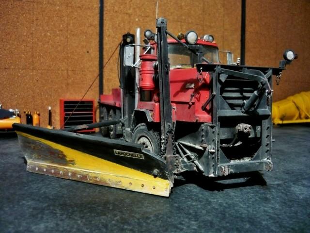 Mack RM 6X6 avec équipement a neige. - Page 6 P1140410