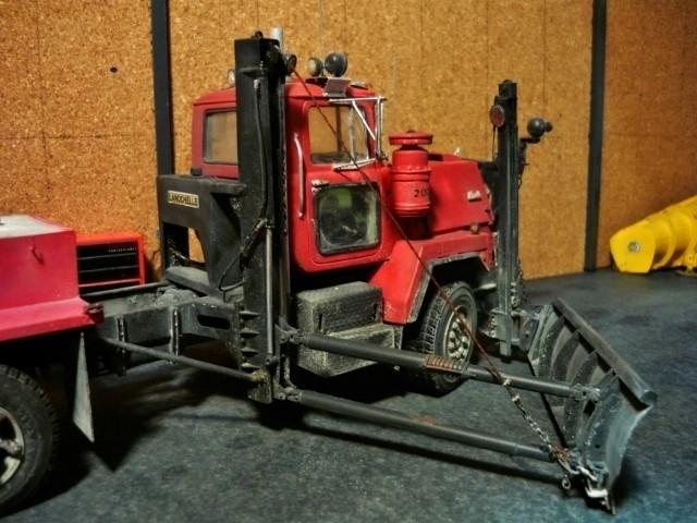 Mack RM 6X6 avec équipement a neige. - Page 6 P1140414