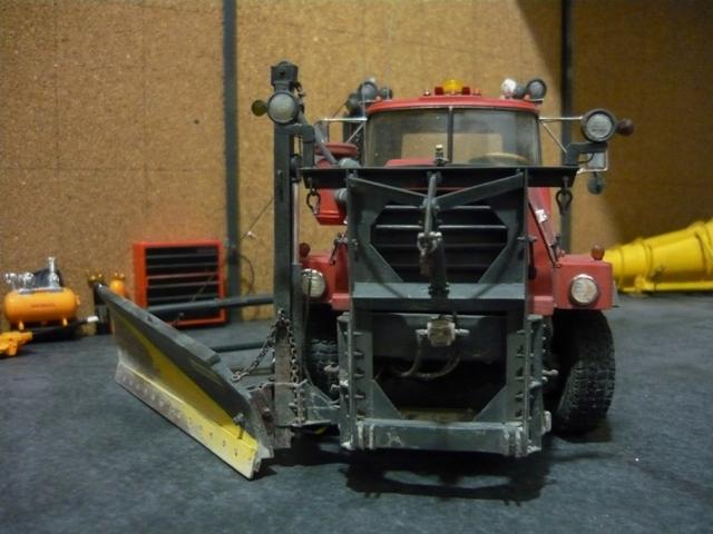 Mack RM 6X6 avec équipement a neige. - Page 6 P1140422