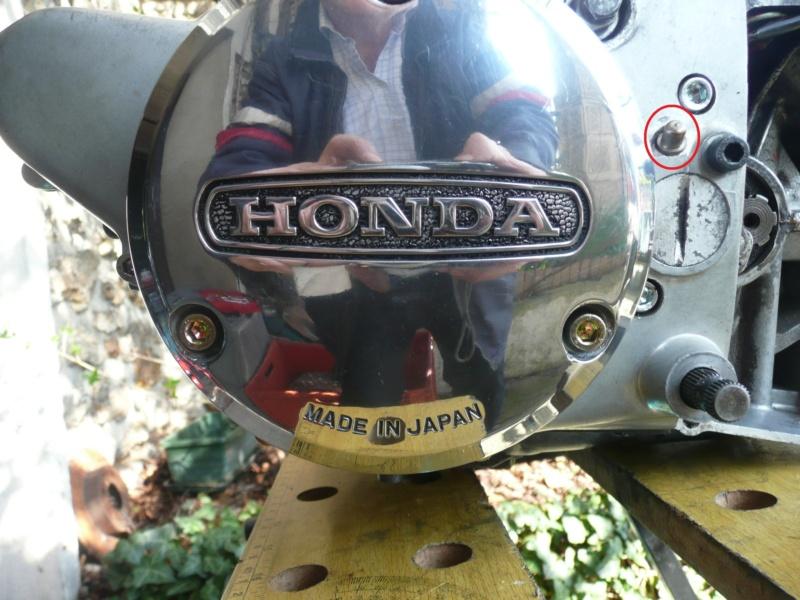 Presentation Red Honda CB 125 K5 Graiss10