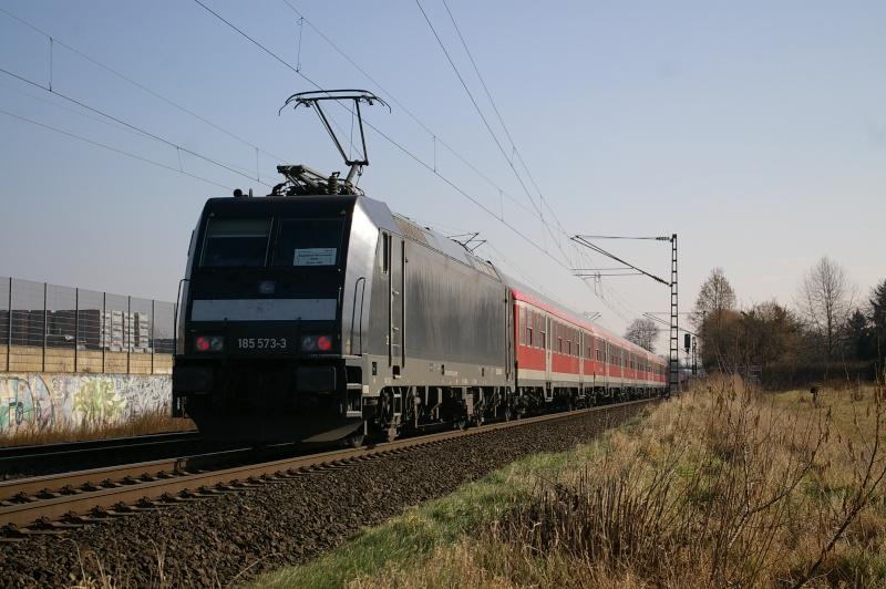 Was die Züge so bewegt ... - Seite 2 Imgp0816