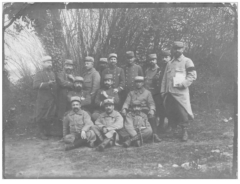 102° REGIMENT d'INFANTERIE de CHARTRES - GROUPE DE POILUS LE 20 AVRIL 1915 943_0011