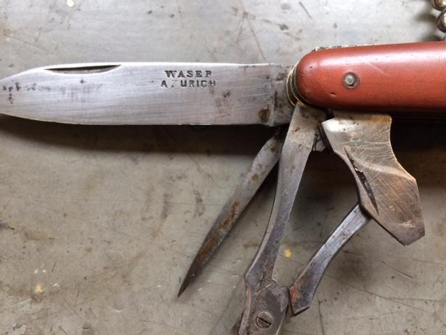 """quatre couches ancien """"WASER A ZURICH"""" restauré. Waser210"""