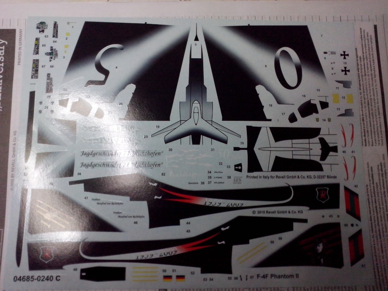 """F4 F PHANTOM """"anniversaire 50 ans du Jagd Richthophen"""" (Revell) Img_2014"""