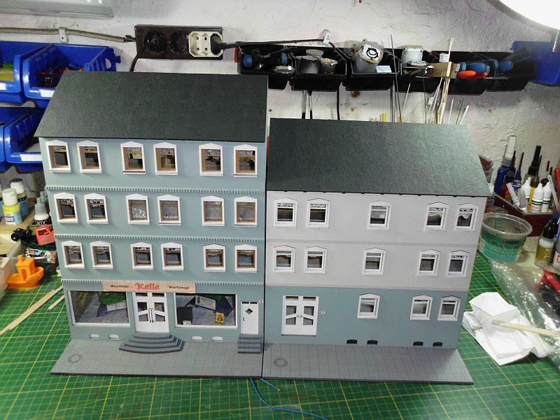 Wilamo - Häuserkulissen 1/45 kpl Strassenzeile - Baubericht - Seite 2 1017