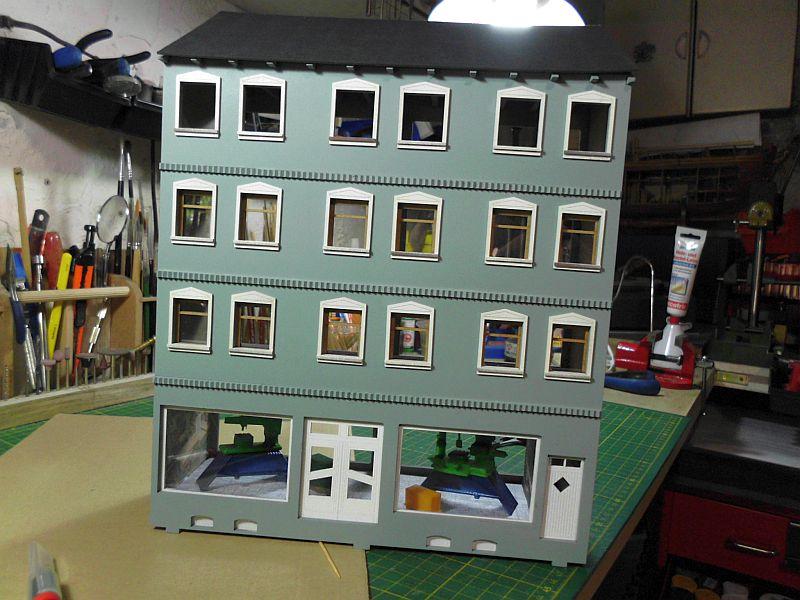 Wilamo - Häuserkulissen 1/45 kpl Strassenzeile - Baubericht 1117