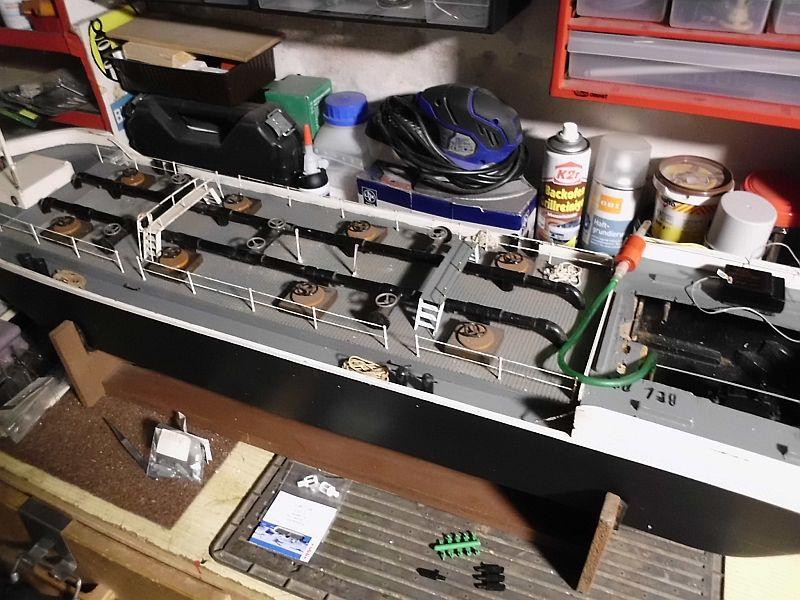 TMS Frederike - Restaurierung eines RC-Binnen-Tankschiffes  - Seite 2 118