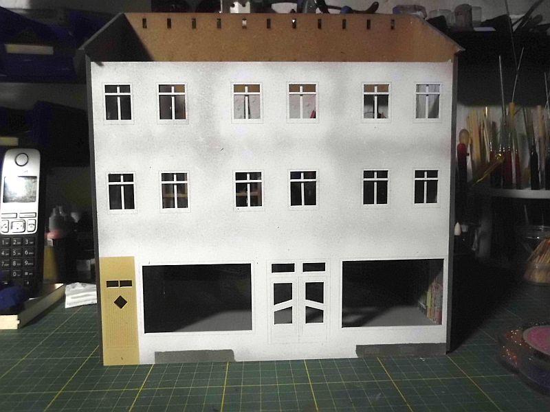 Wilamo - Häuserkulissen 1/45 kpl Strassenzeile - Baubericht - Seite 3 2107