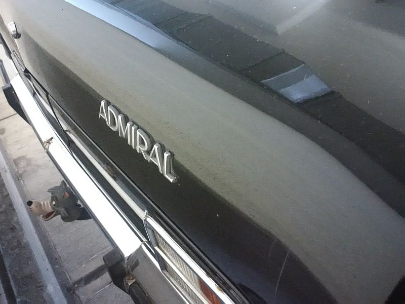 "Opel Admiral - auf dem Parkplatz ""schnappgeschossen"" 02.07.19 2111"